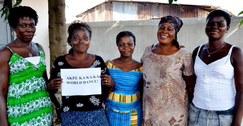 ghana women sign