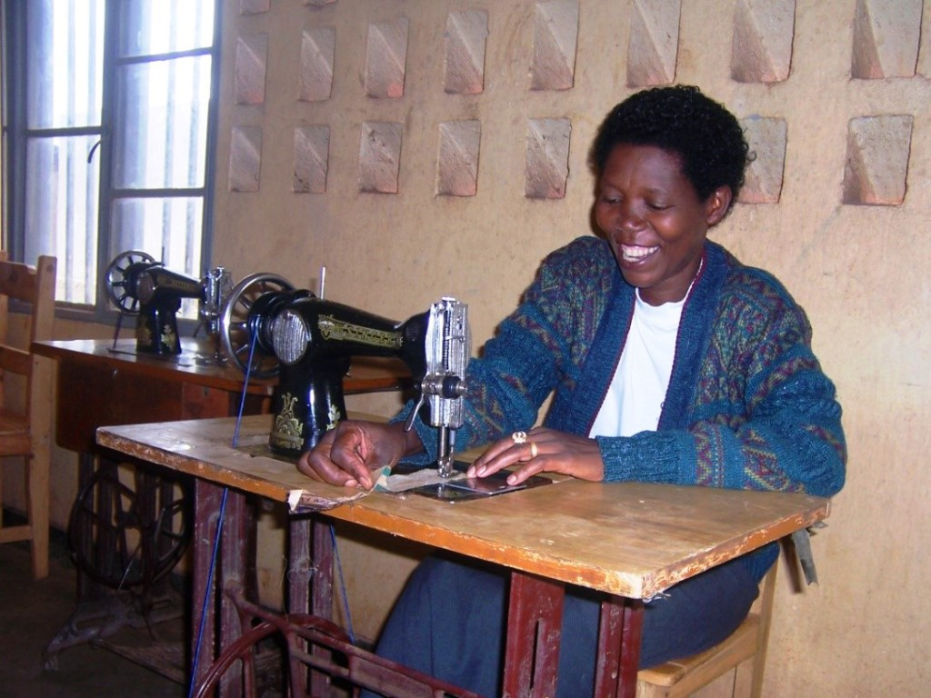 Twiyu sewing June 2015
