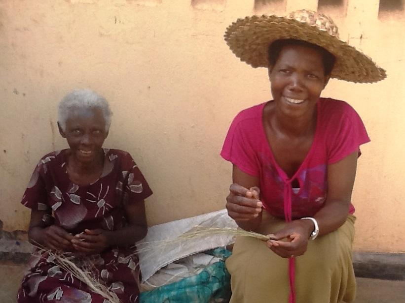 Twiyubake 2 women