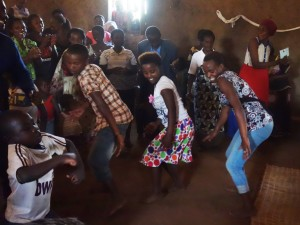 ! 4b Icyere dance gf (2)