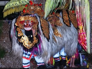 4 Performance at Bloo Barong - Debi Deal